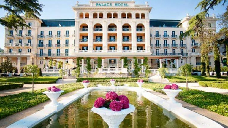 KEMPINSKI PALACE PORTOROZ IS NAMED SLOVENIA'S LEADING HOTEL 2018 BY THE WORLD TRAVEL AWARDS