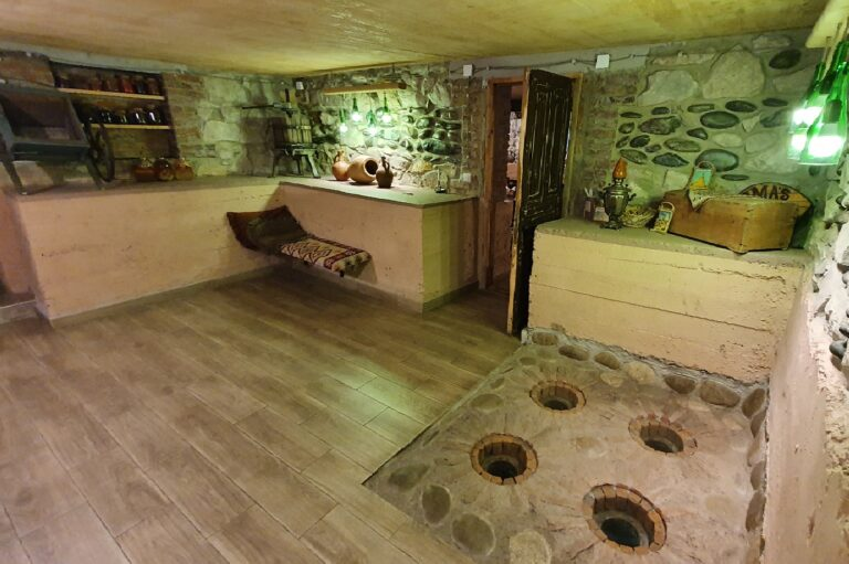 Read more about the article Toma's Wine Cellar
