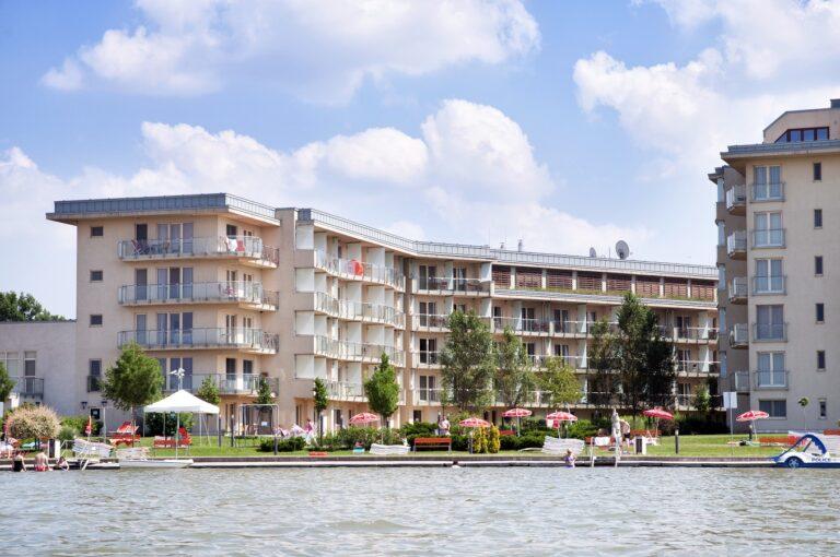 Read more about the article Élményekkel teli nyaralás a Velence Resort & Spa****-ban!